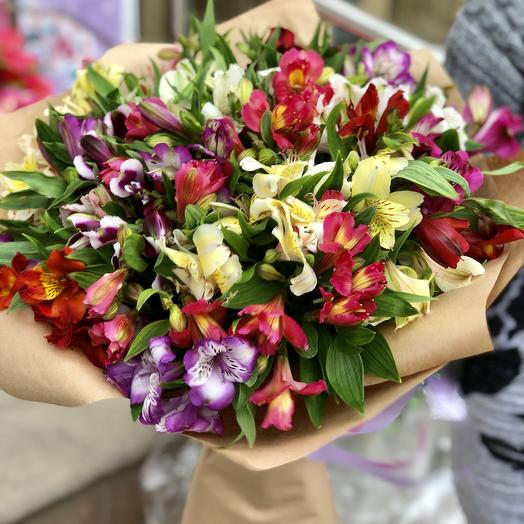 35 альстромерий: букеты цветов на заказ Flowwow