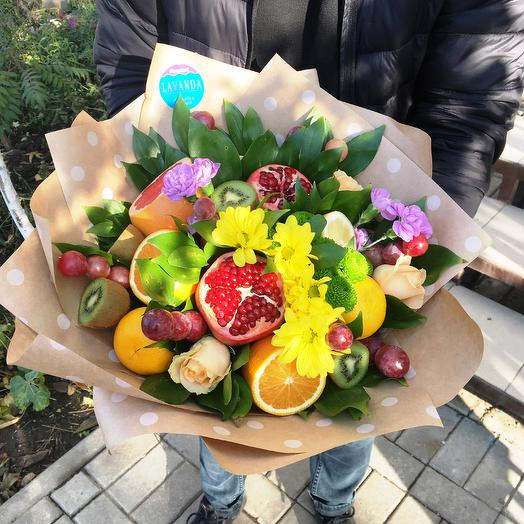 """Фруктовый букет с цветами """"Летнее настроение"""""""