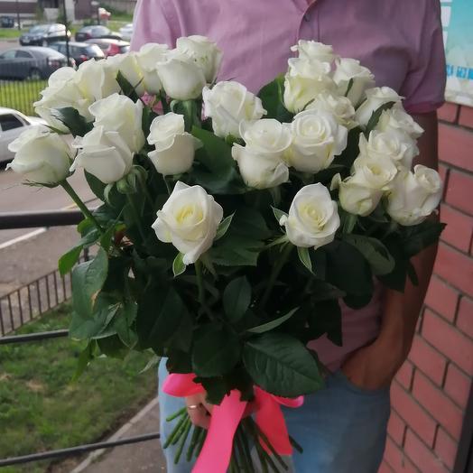 25 белых роз: букеты цветов на заказ Flowwow