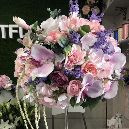 Интерьерная композиция из искусственных цветов: букеты цветов на заказ Flowwow
