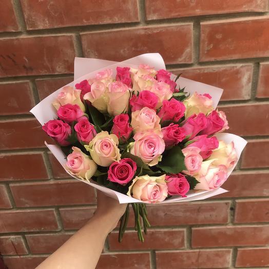 Букет из 35 розочек: букеты цветов на заказ Flowwow