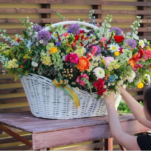 Корзина Полевых цветов