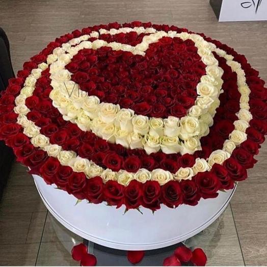 Каробка сердечка: букеты цветов на заказ Flowwow