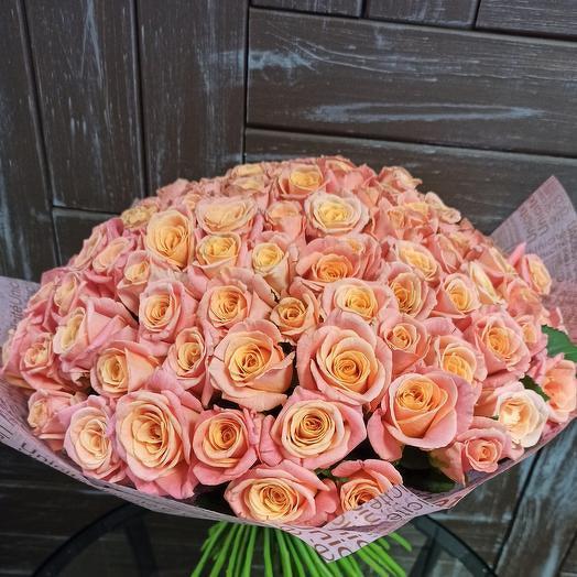Нежный букет из 101 розы