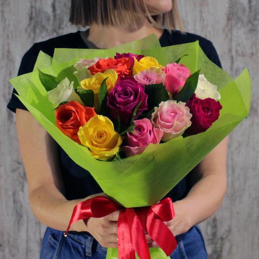 АКЦИЯ! 15 разноцветных роз