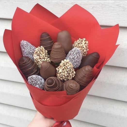 Букет из 15 клубнике в шоколаде