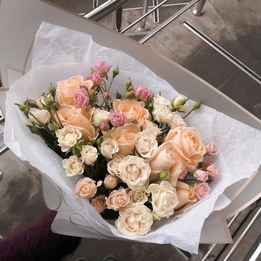 Сборный букетик из роз 💫