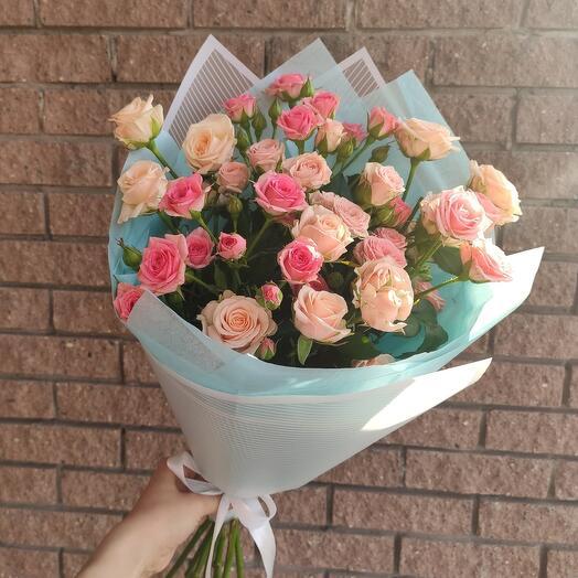 Стильное моно из кустовых роз