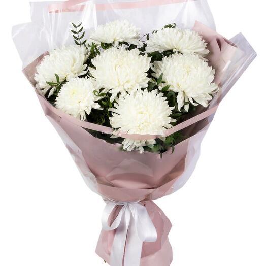Большой букет из белых хризантем
