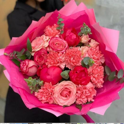 Bright bouquet with peonies, roses and dianthus