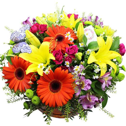 Композиция в шляпной коробке Римские каникулы: букеты цветов на заказ Flowwow