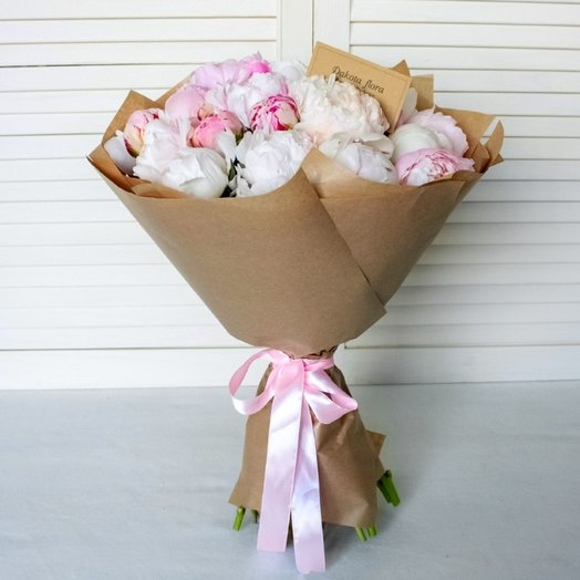 Букет 25 пионов: букеты цветов на заказ Flowwow