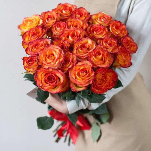25 красивых роз 70 см: букеты цветов на заказ Flowwow