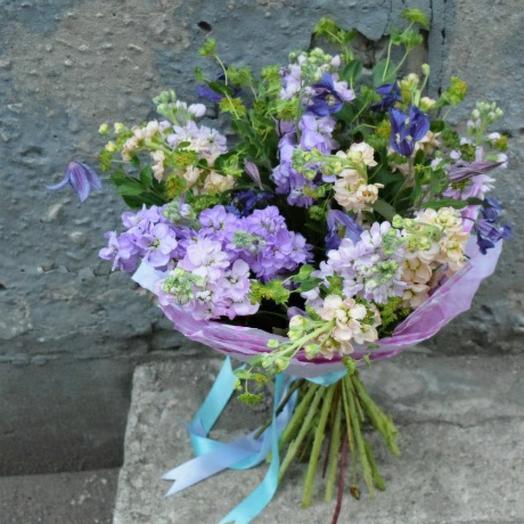 Душистый букет с матиоллой: букеты цветов на заказ Flowwow