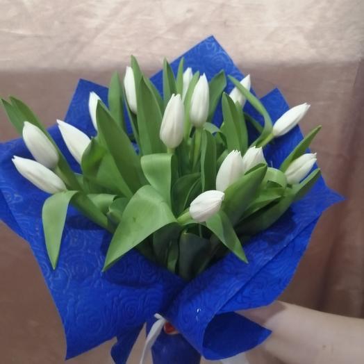 Букет белоснежных тюльпанов: букеты цветов на заказ Flowwow