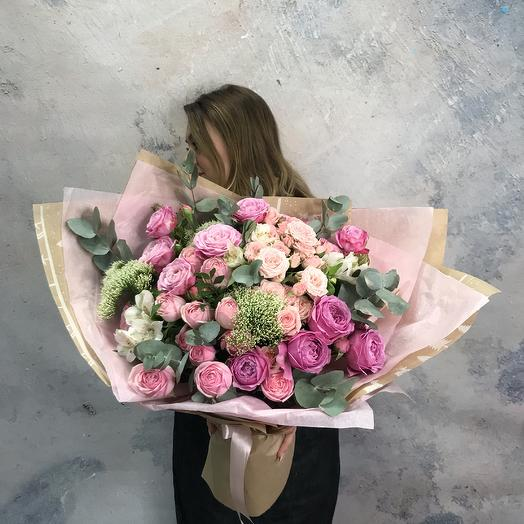 Букет-гигант с Пионовидными розами