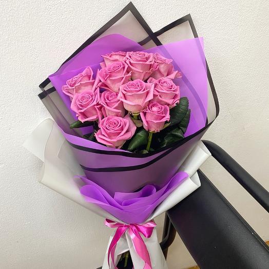 Букет из 11 розовых роз (50 см ): букеты цветов на заказ Flowwow