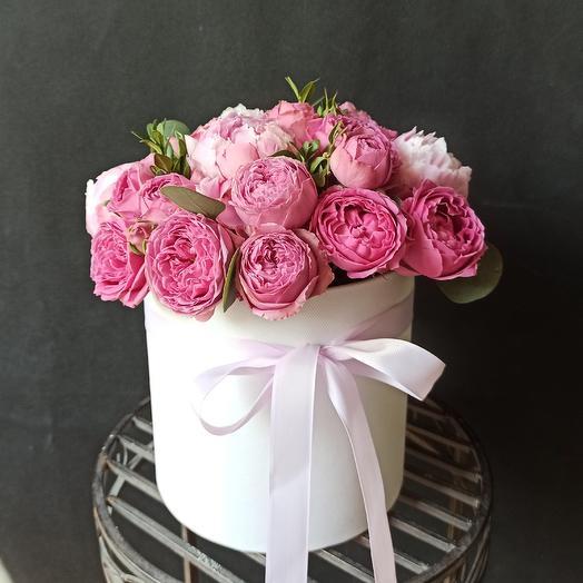 "Букет в коробке ""Розовая пантера"": букеты цветов на заказ Flowwow"