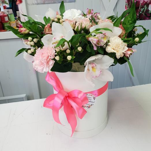 Цветы в коробке микс