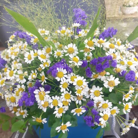 Полевые цветы в сумочке