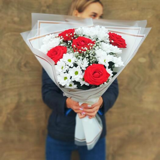 Букет Хризантем и Роз