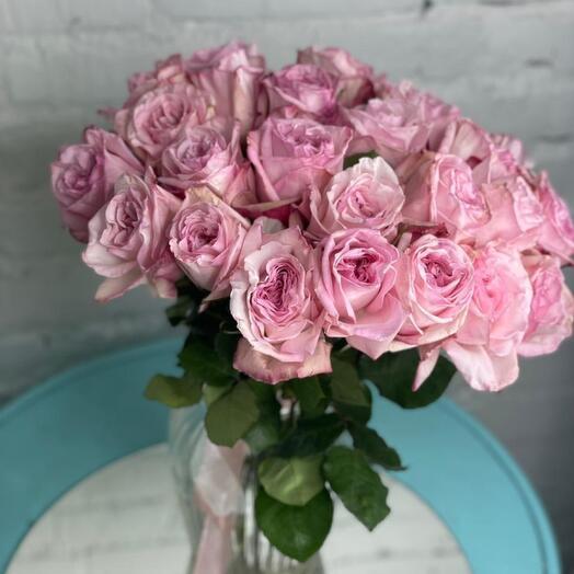 25 ароматных роз pink Ohara
