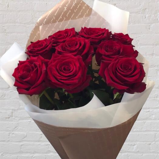 Моно букет из 9 красных роз