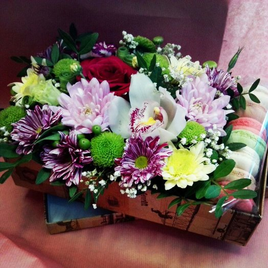 Коробочка Ненаглядной: букеты цветов на заказ Flowwow