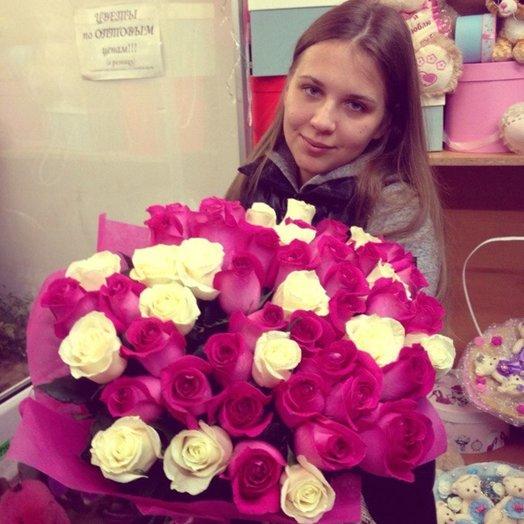 51 роза Бомба: букеты цветов на заказ Flowwow