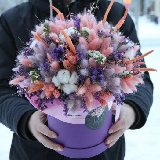 Интерьерная композиция в шляпной коробочке из сухоцветов: букеты цветов на заказ Flowwow