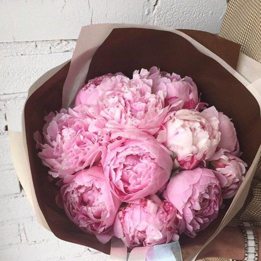 11 розовых пионов: букеты цветов на заказ Flowwow