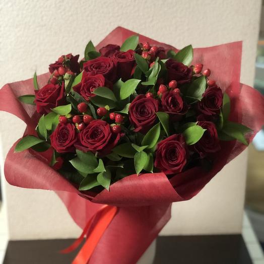 Красный изумруд: букеты цветов на заказ Flowwow