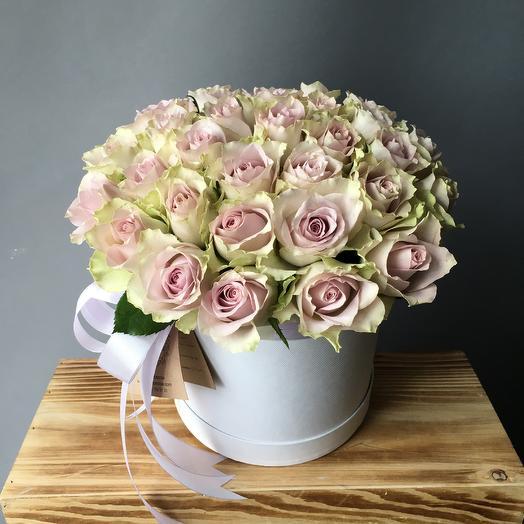 Коробочка с розами морнин дью: букеты цветов на заказ Flowwow