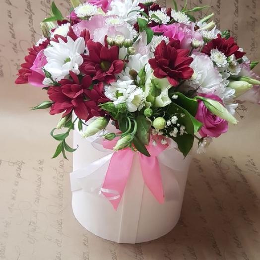"""Цветы в коробке """"Весенний поцелуй"""": букеты цветов на заказ Flowwow"""