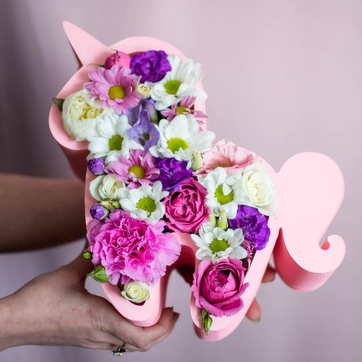 Цветочный единорог: букеты цветов на заказ Flowwow