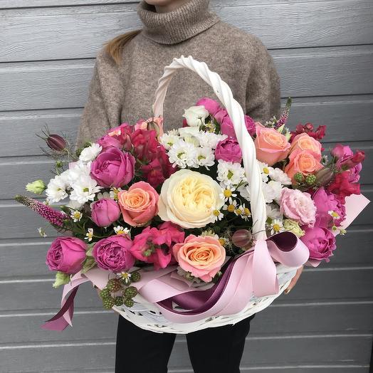 """Корзина """"Ягодное очарование"""": букеты цветов на заказ Flowwow"""