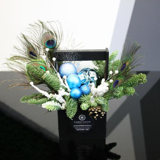 Стильная новогодняя композиция: букеты цветов на заказ Flowwow
