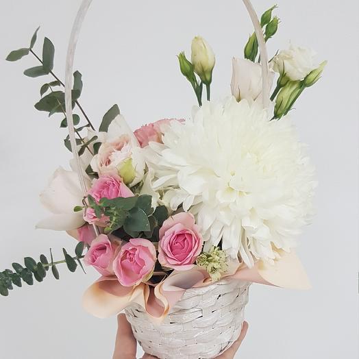 Нежная корзиночка: букеты цветов на заказ Flowwow