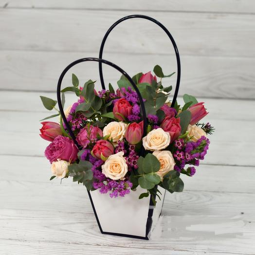 Сумочка цветочная: букеты цветов на заказ Flowwow