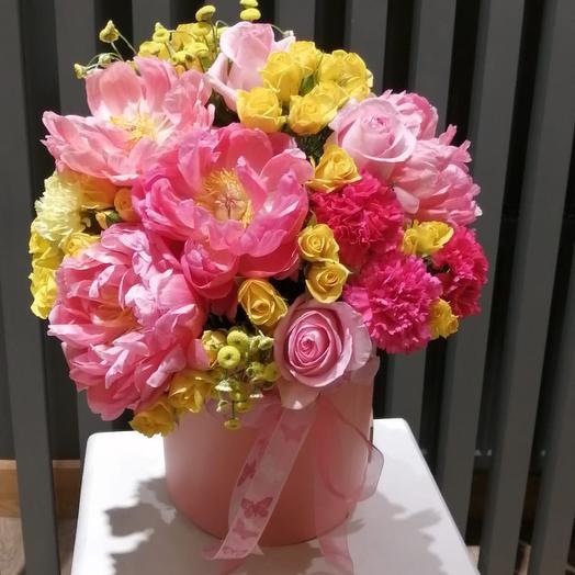 Коробка из пионов: букеты цветов на заказ Flowwow