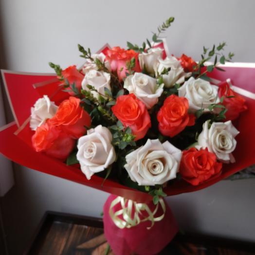 Букет из  розочек микс: букеты цветов на заказ Flowwow