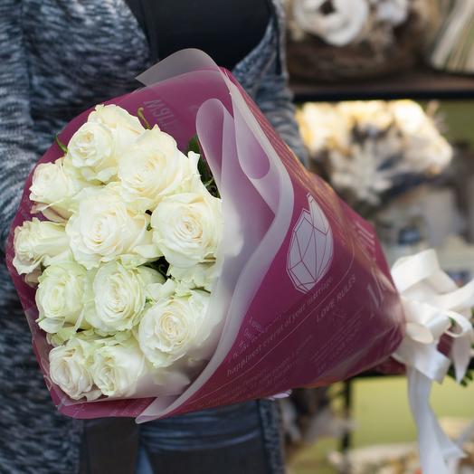 Букет из белых роз (11 роз)