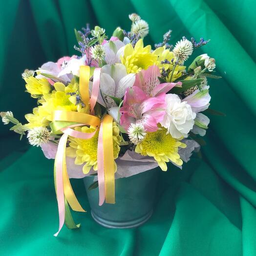 Цветочное ведерко