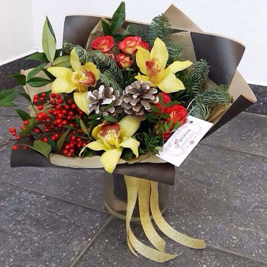Зимний комплимент: букеты цветов на заказ Flowwow