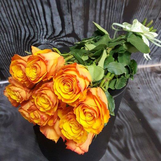 Огненно - оранжевый букет роз TYCOON
