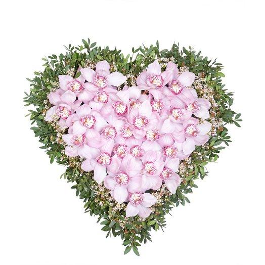 Сердце из орхидей.: букеты цветов на заказ Flowwow