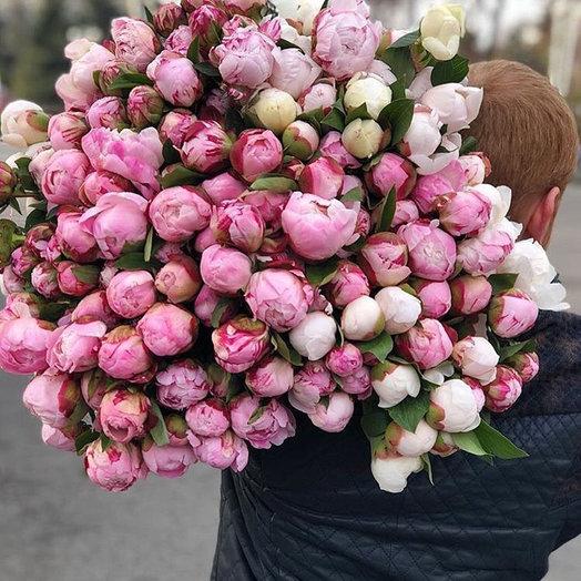 Букет из 101 разноцветного пиона: букеты цветов на заказ Flowwow