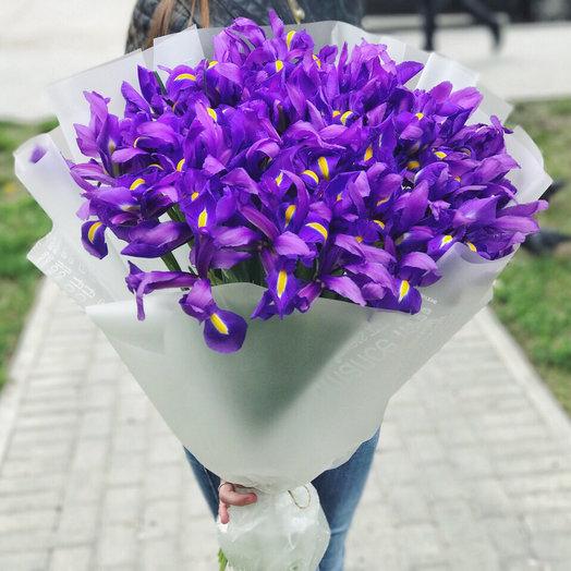 51 синий ирис: букеты цветов на заказ Flowwow