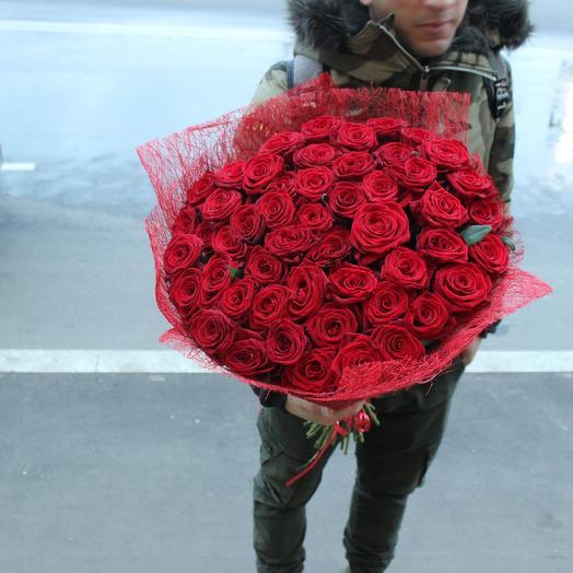 51 красная роза 60см: букеты цветов на заказ Flowwow
