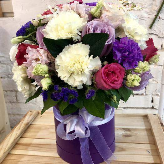 Букет Вдохновение шляпной коробке: букеты цветов на заказ Flowwow